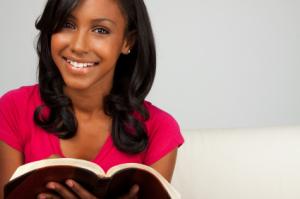 Woman-Reading-Bible1